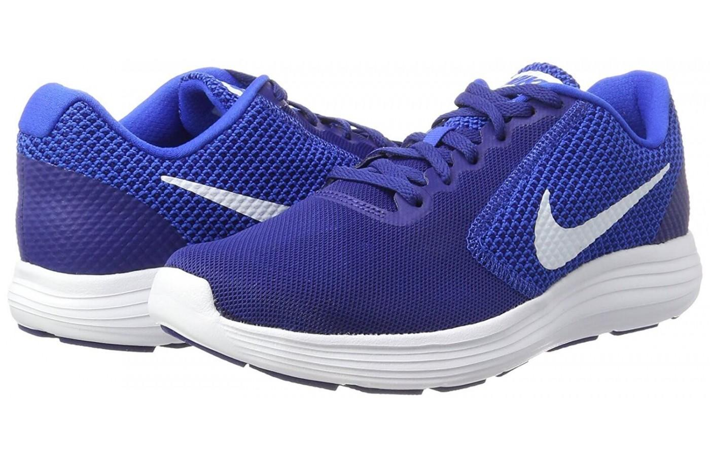 nike revolution 3 womens vs 2