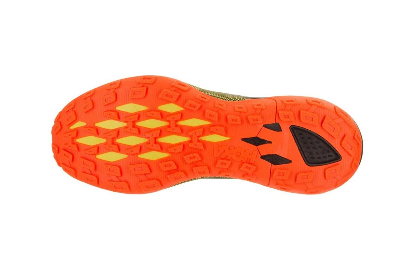 the Hoka One One Speed Instinct 2 features tenacious multi-directional lugs