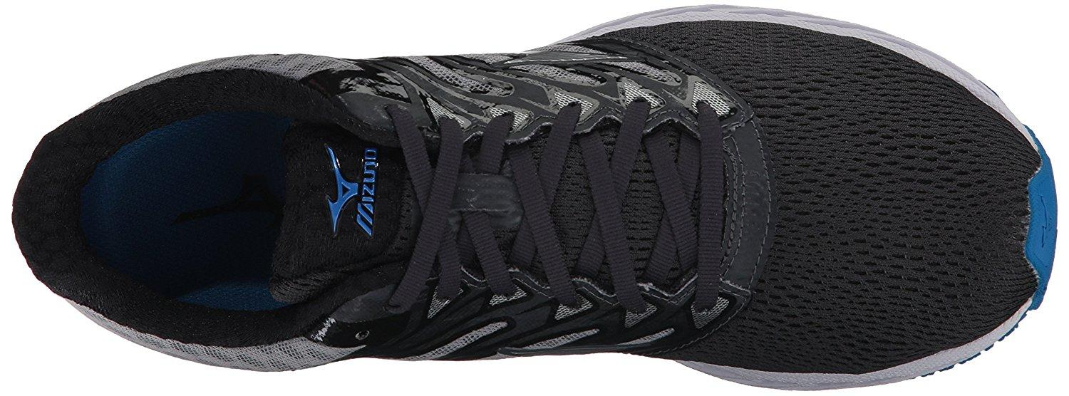 The Mizuno Wave Shadow has flat laces