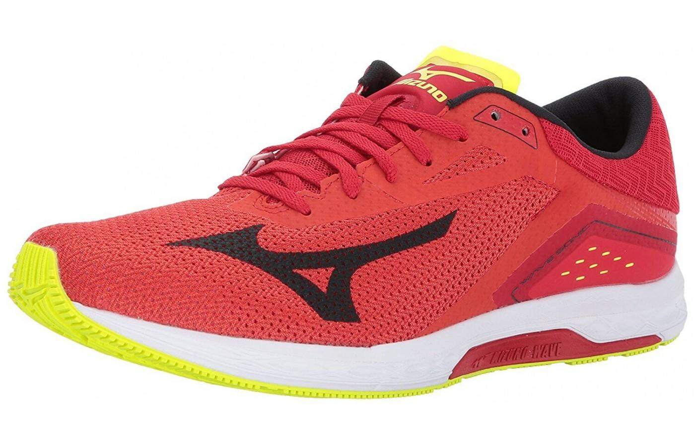Mizuno Wave Sonic is a lightweight racing flat