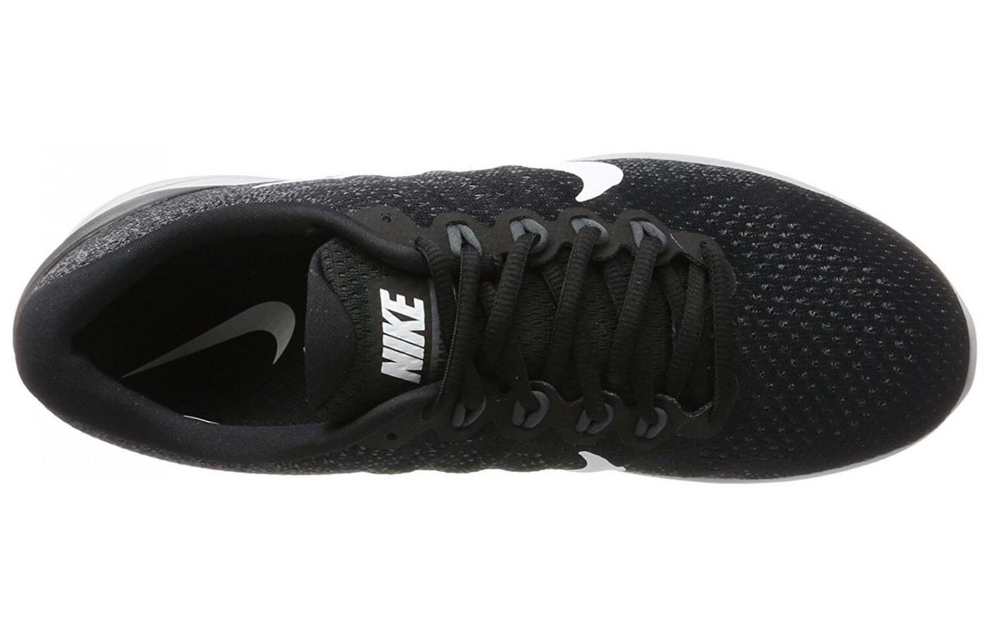 finest selection d9ad2 68634 ... the upper of the Nike Lunarglide 9 is made of a highly breathable  jacquard mesh material ...