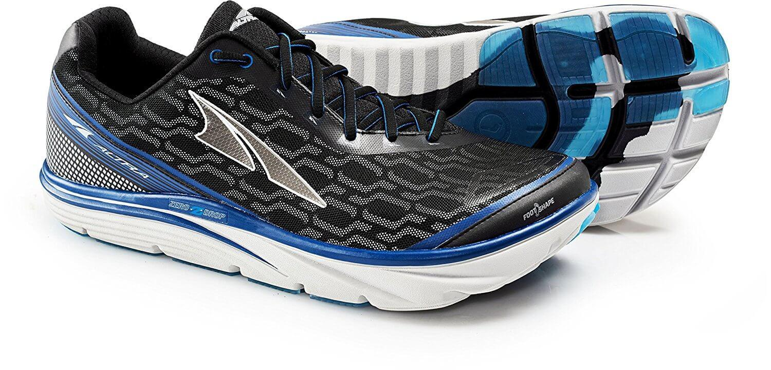 An angled look at the Altra Torin IQ.