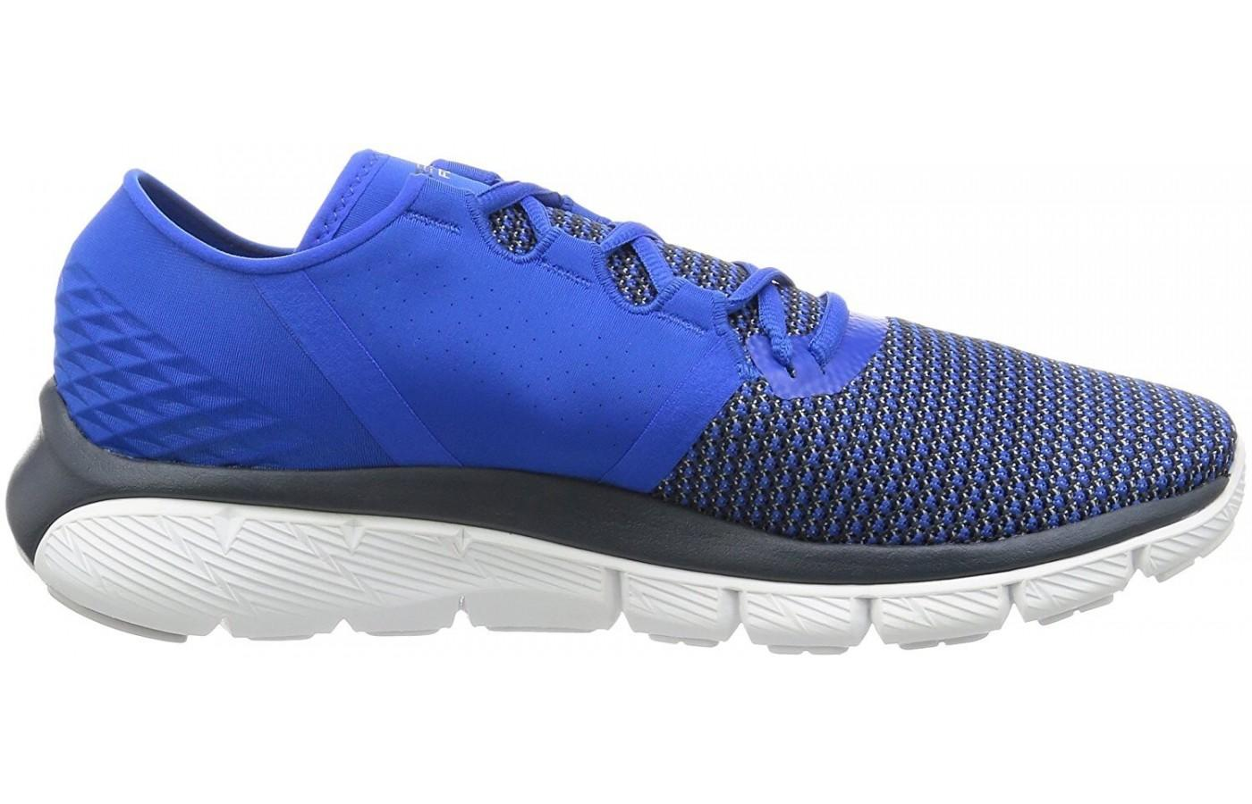 Dual layered midsole foam gives this shoe excellent responsiveness.