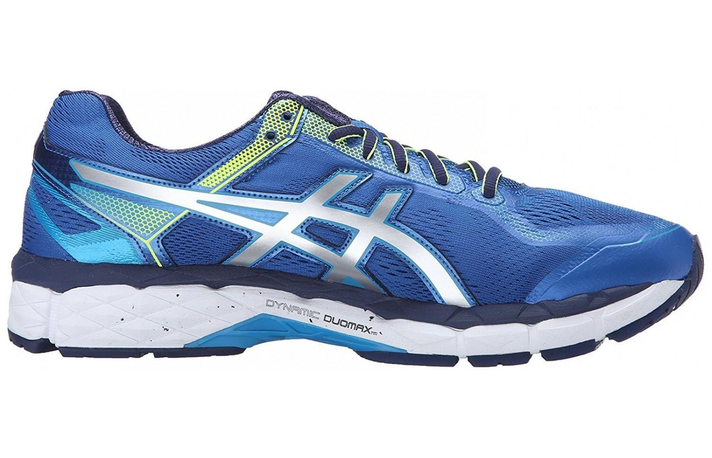 A view of the interior side of the ASICS GEL-Surveyor 5.