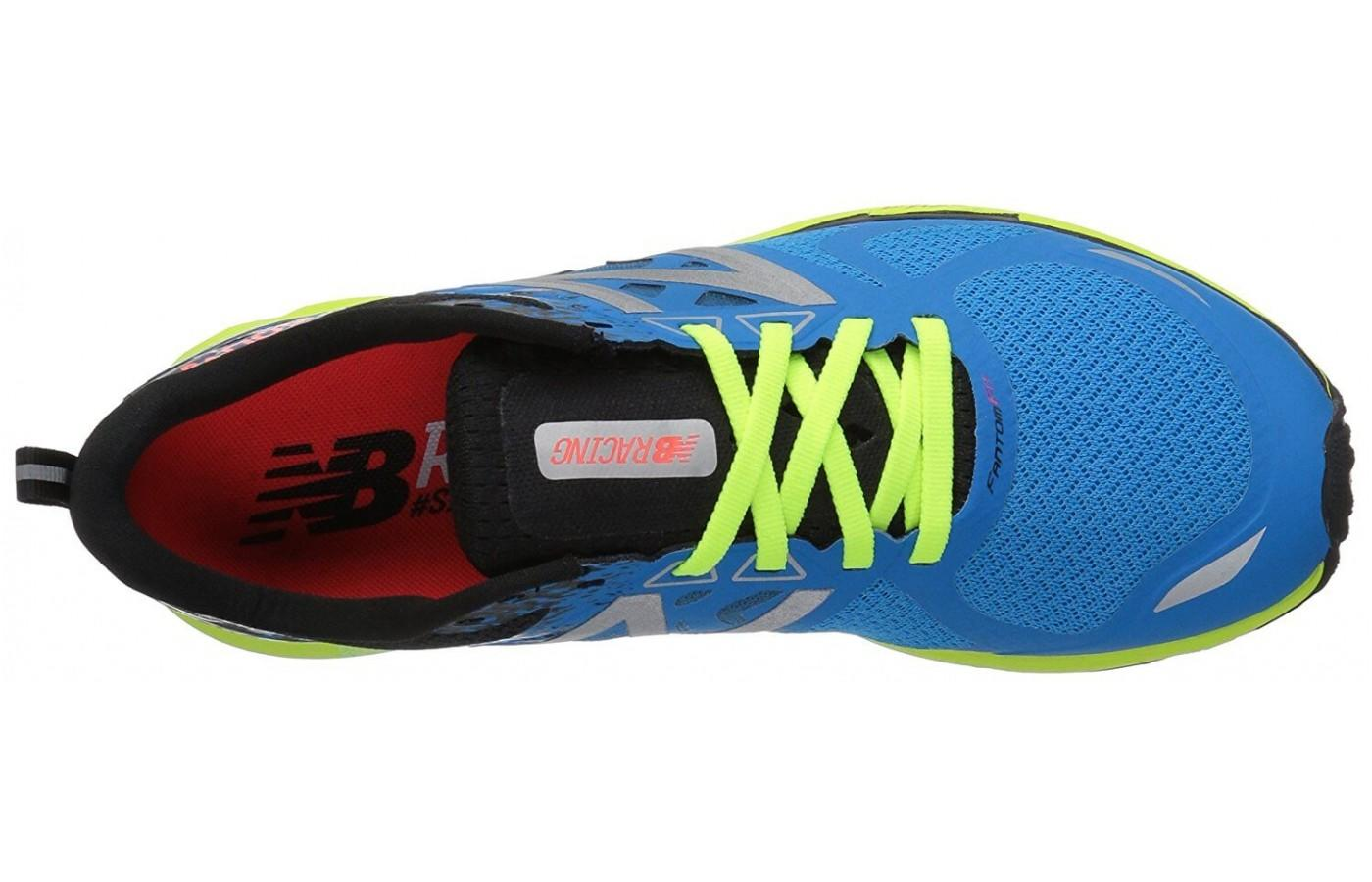 The 1500v3 has a Fantomfit seamless construction in the upper portion.