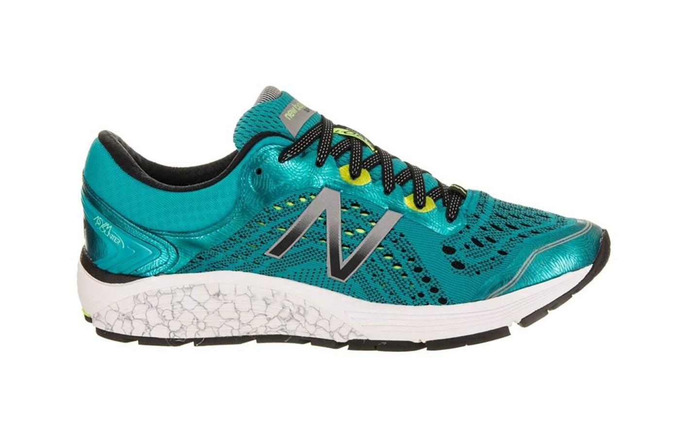 The 1260 V7 offers a comfortable, breathable ride for runners.