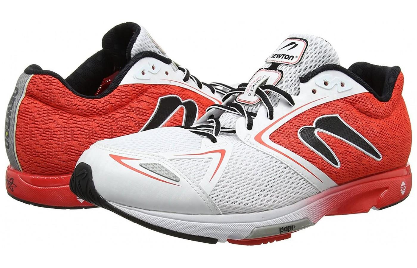 The Newton Distance 6 mesh construction keeps the foot ventilated
