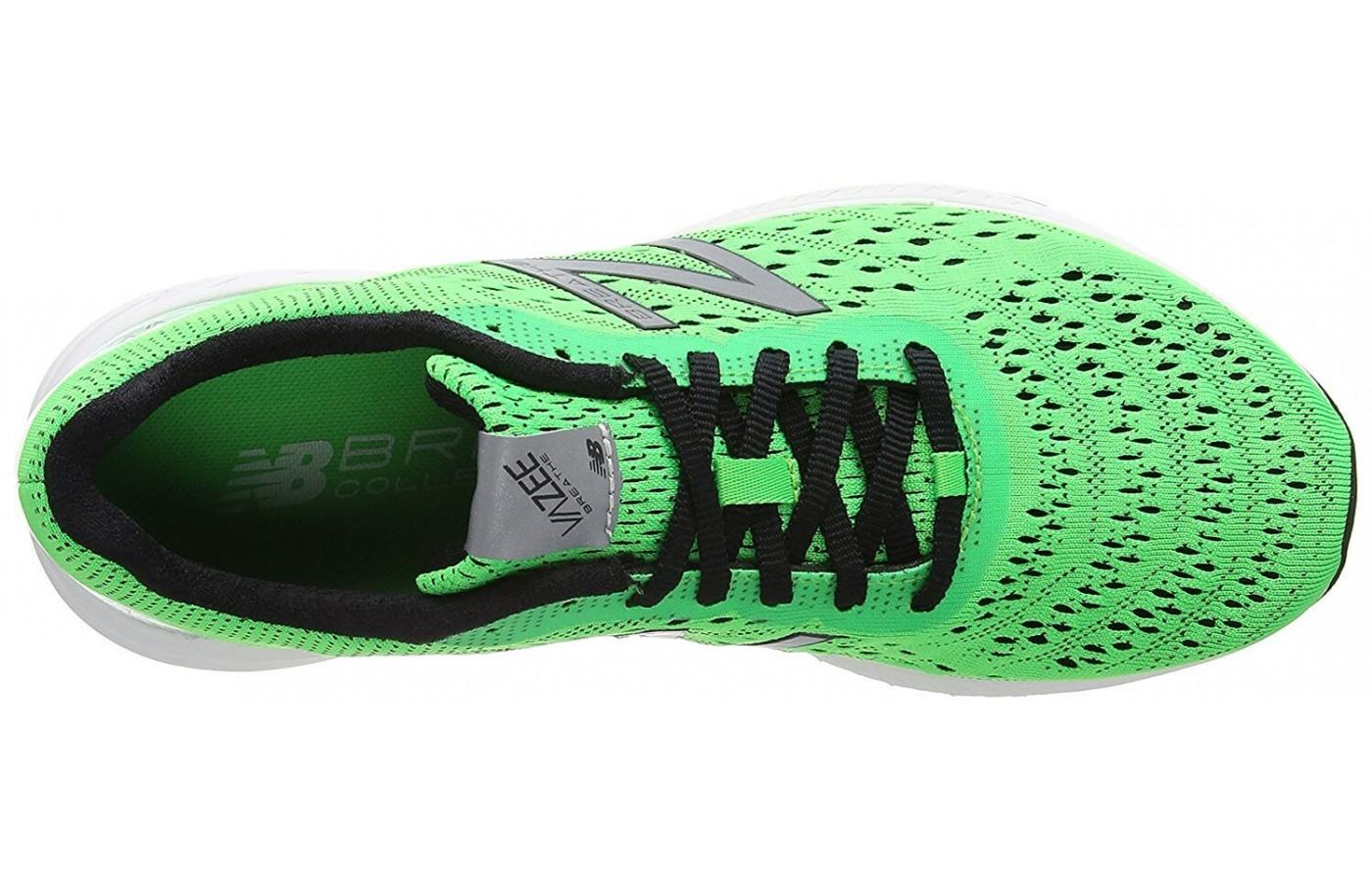 f92462682935f The lacing system provides a secure fit but it also provides a flexible  feel.