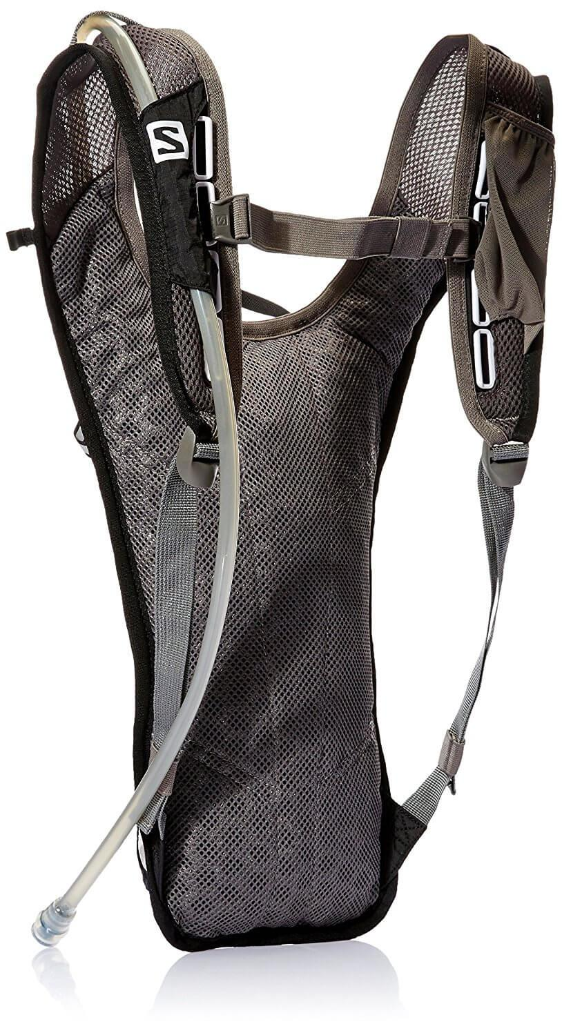 The Salomon Agile 2 Hydration Pack comes with a 1.5L hydration bladder