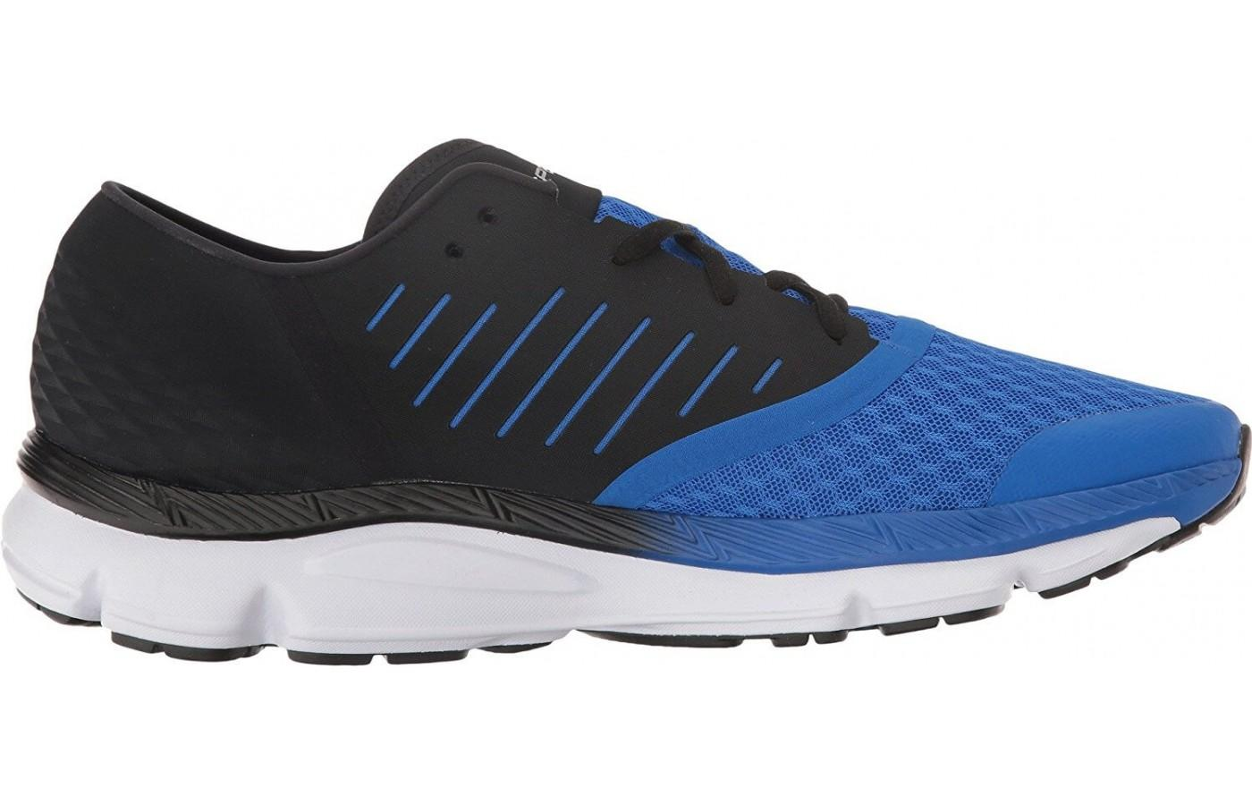 The Charge Cushioning Midsole is responsive and durable.