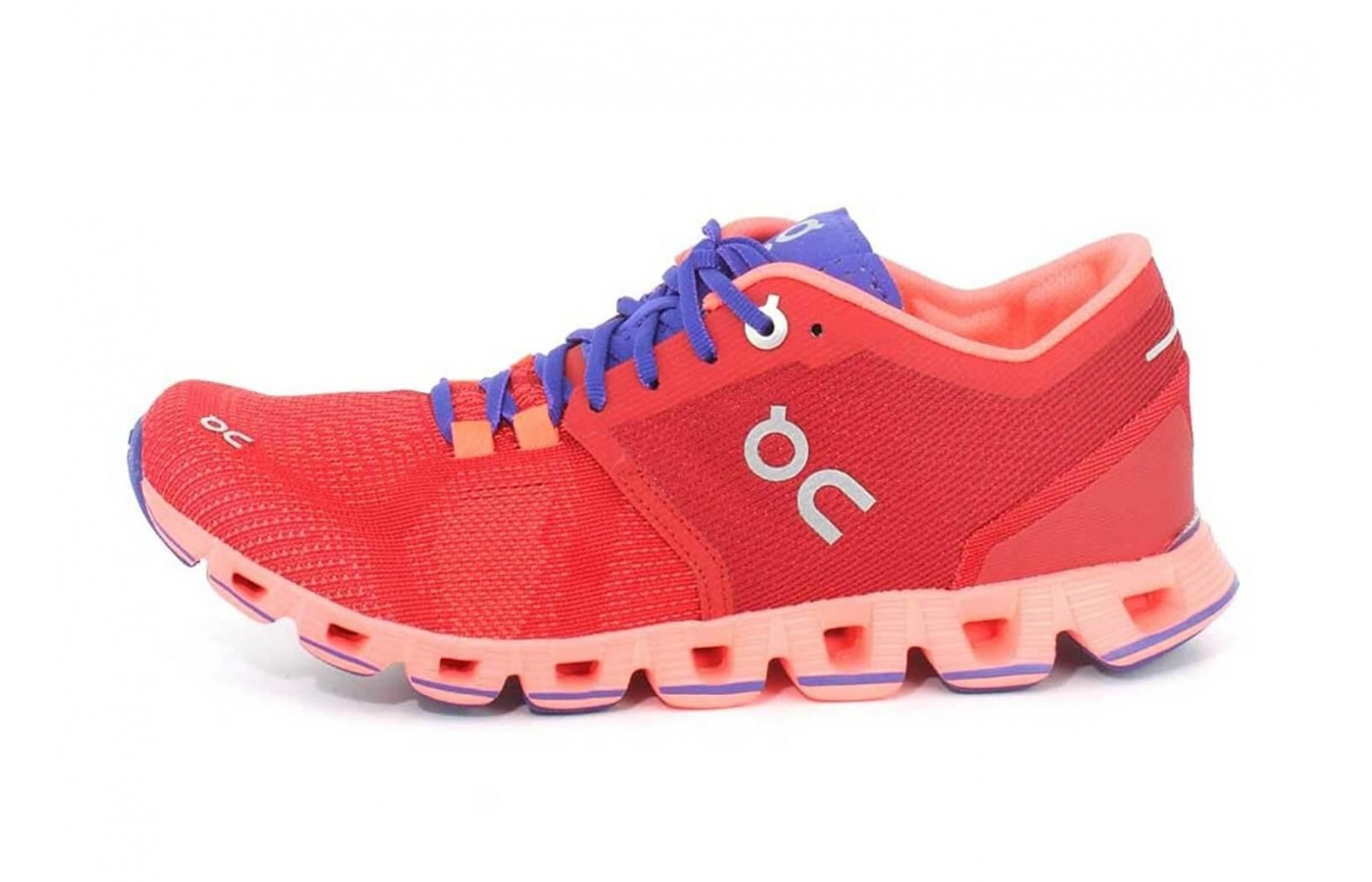 The On Cloud X features a midsole with Zero Gravity foam