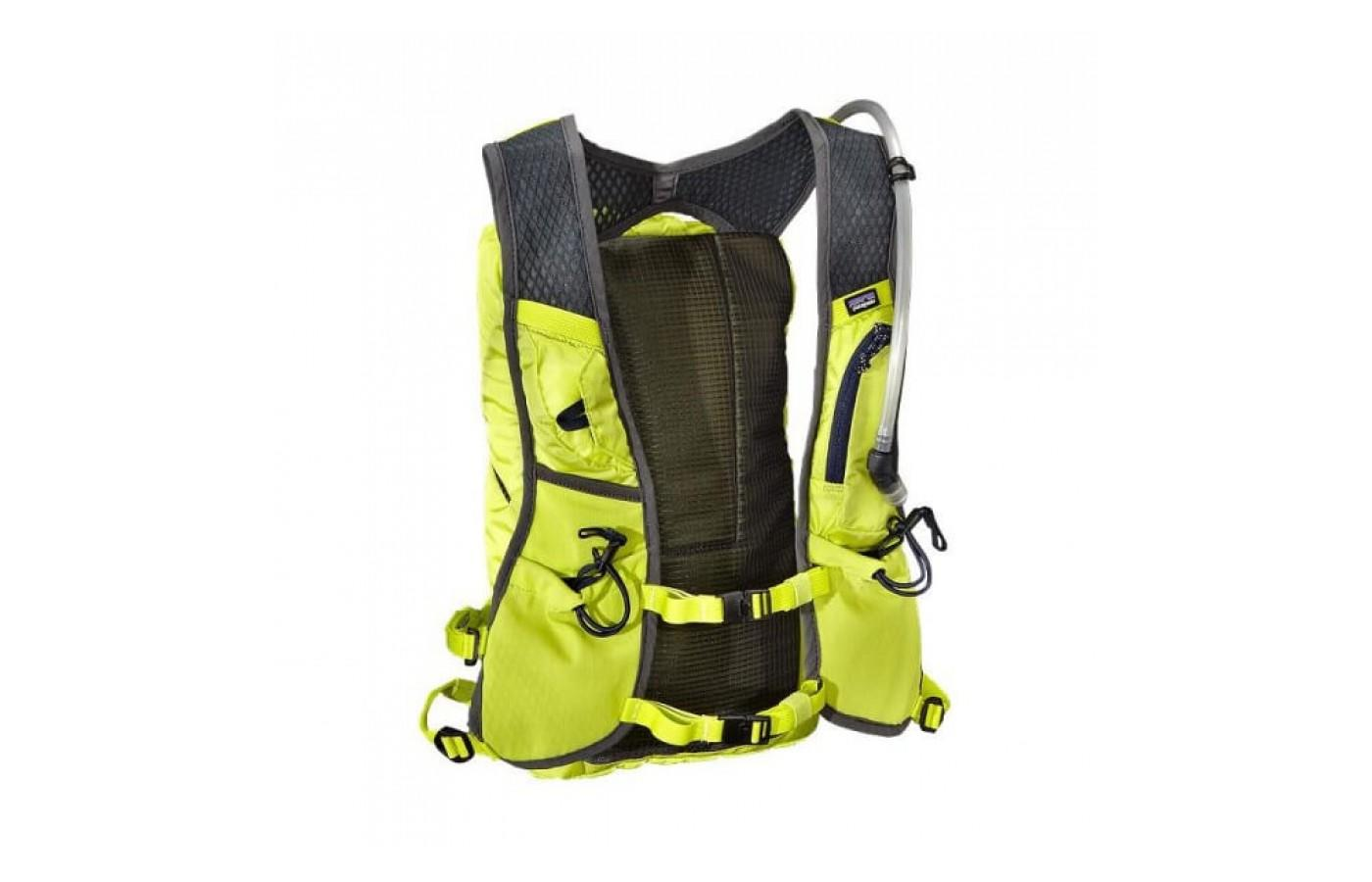 The Patagonia Fore Runner Vest 10L comes with a 2L bladder