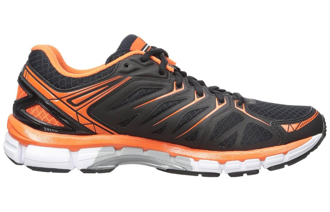 The Sensation features a multilayered midsole that provides cushioning and stability.