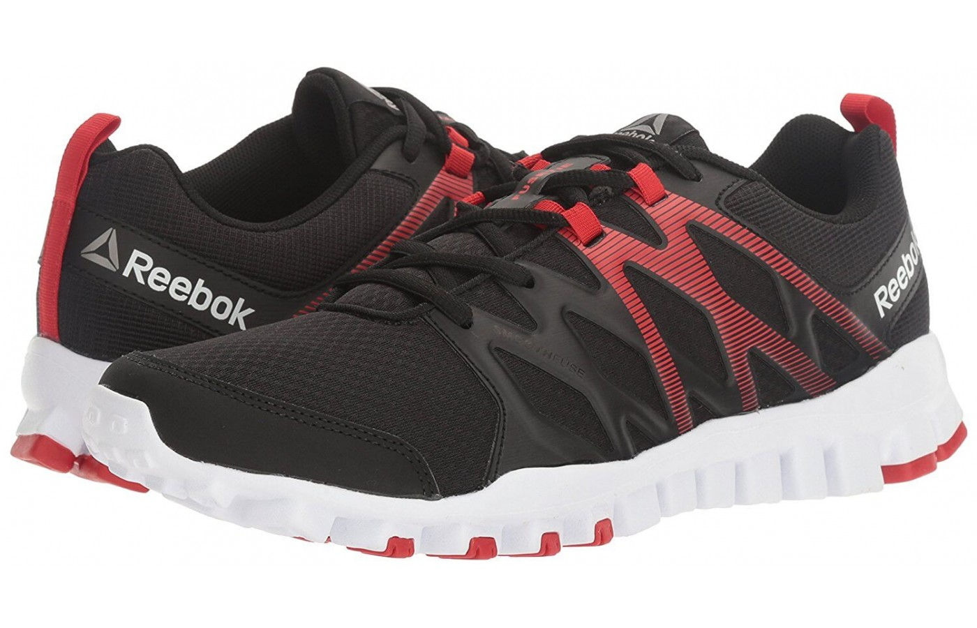 The Reebok RealFlex Train 4.0 features a protective toe bumper
