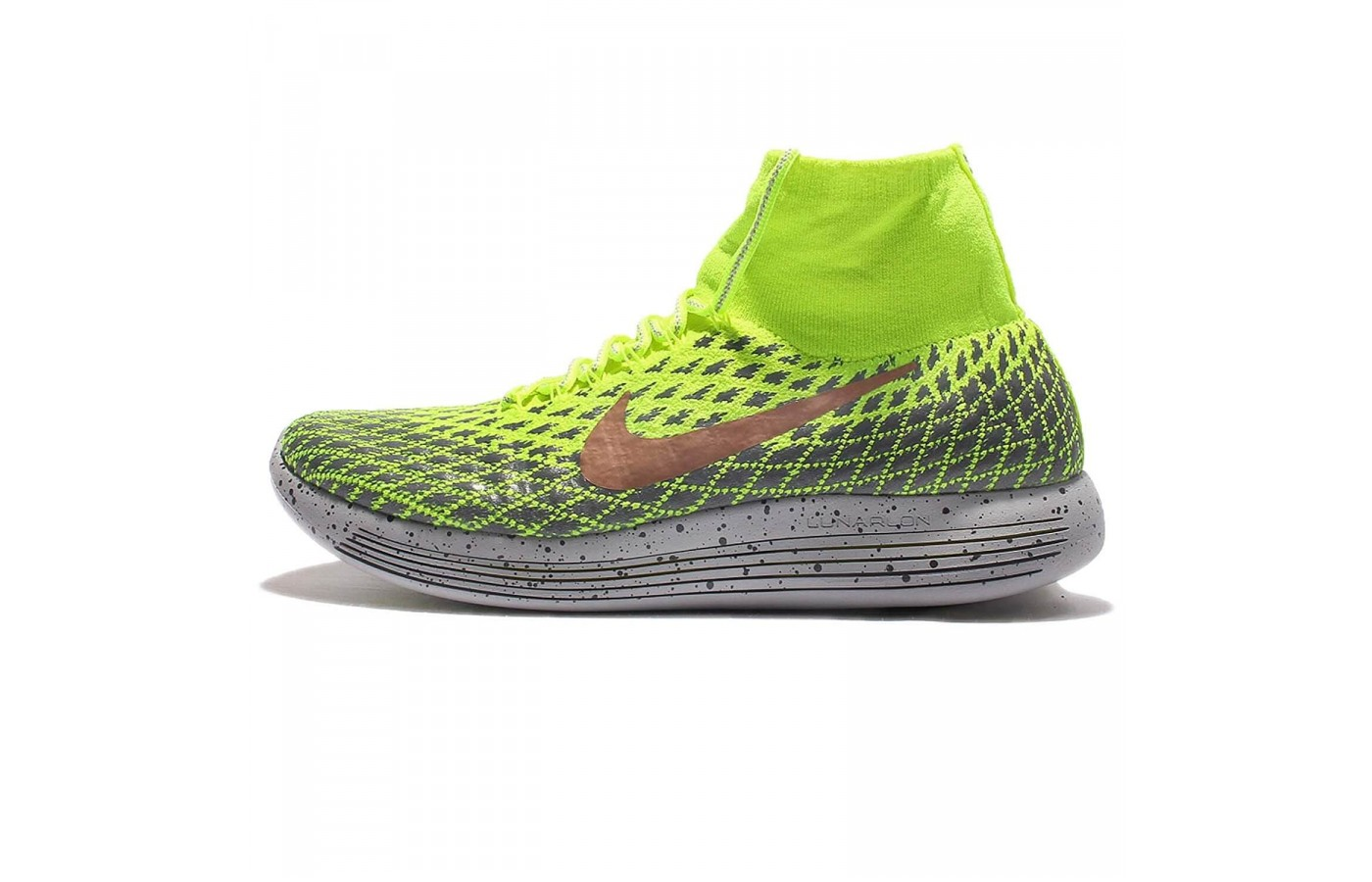 Lateral view of Nike LunarEpic FlyKnit Shield