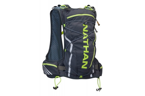 An in depth review of the Nathan Vaporcloud hydration vest.