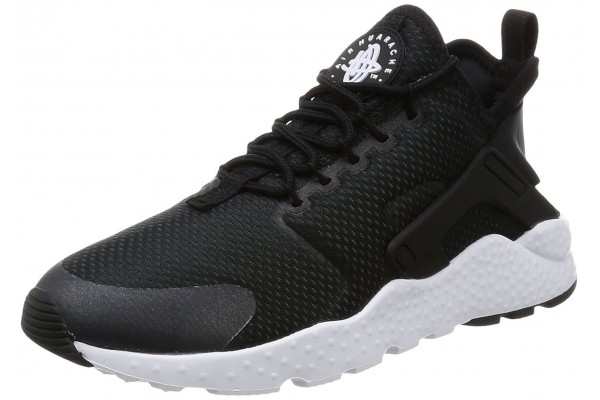 An in depth review of the Nike Air Huarache Ultra