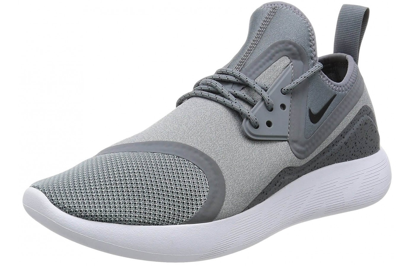 competitive price 5106a 9b22e The ankle loop on the Nike LunarCharge Essential provides an easier time  putting on these shoes ...