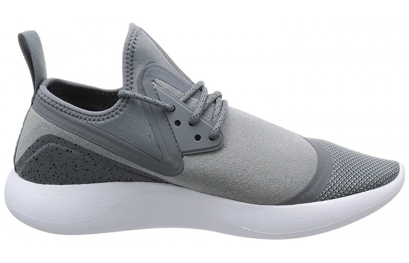 cf9f9cdd46 The midsole of the Nike LunarCharge Essential is made from the traditional  EVA foam padding.