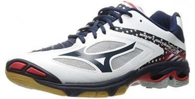 An in depth review of the Mizuno Wave Tornado Z3