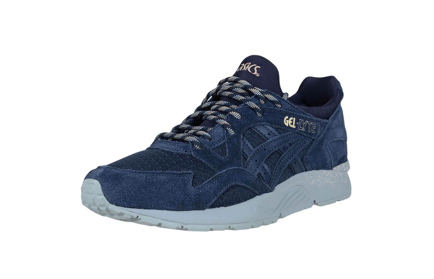 The Asics Gel Lyte V has standard laces