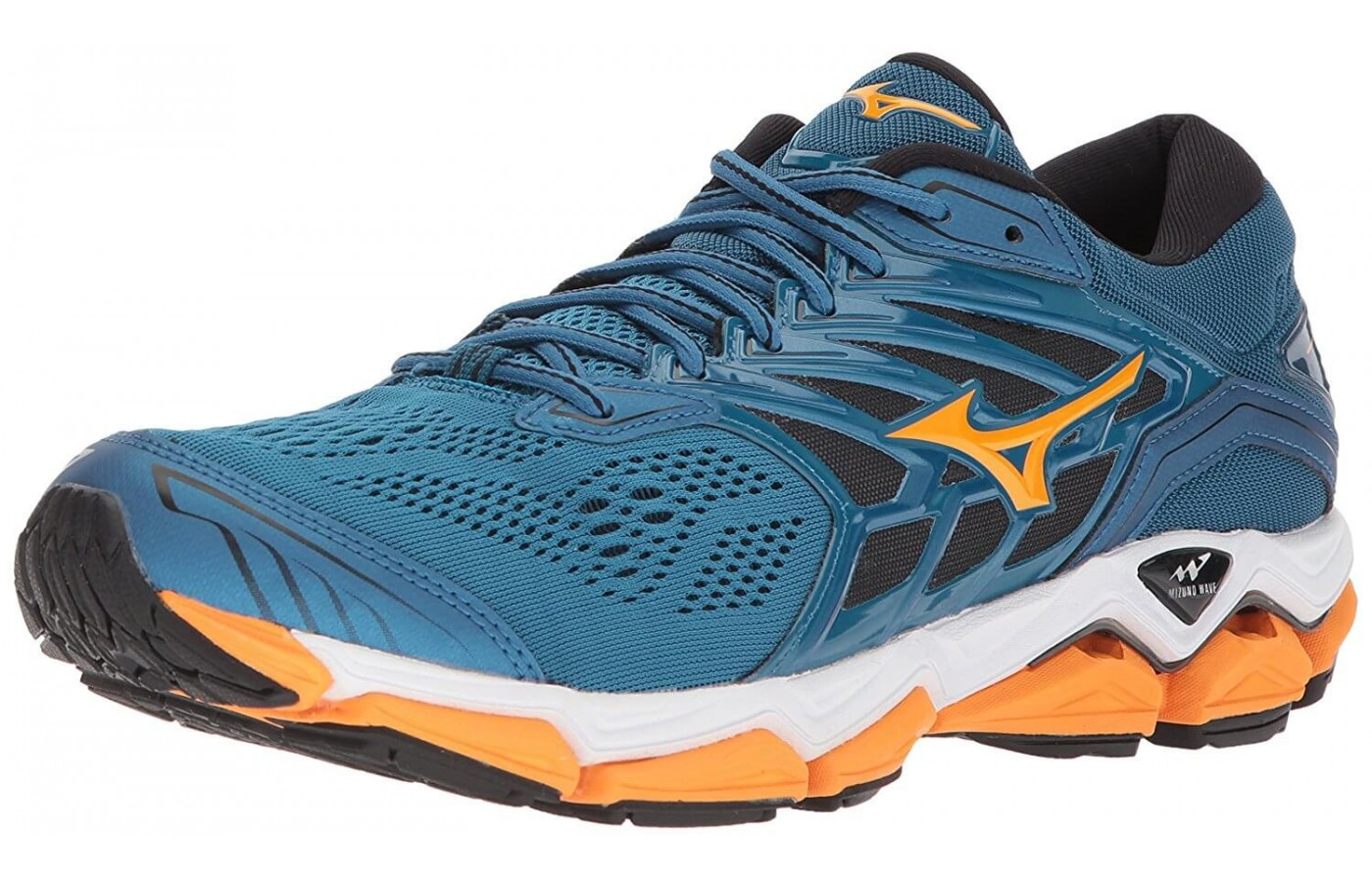 The Mizuno Wave Horizon 2 has a DynamotionFit upper