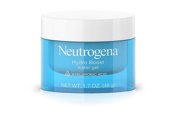 The best moisturizers for dry skin hydrate the skin all day like Neutrogena Hydro Boost Water Gel.