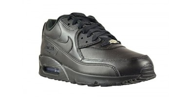 An in depth review of the Nike Air Max 90 Leather shoe