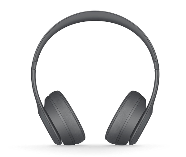 A front view of the Beats Solo 3.