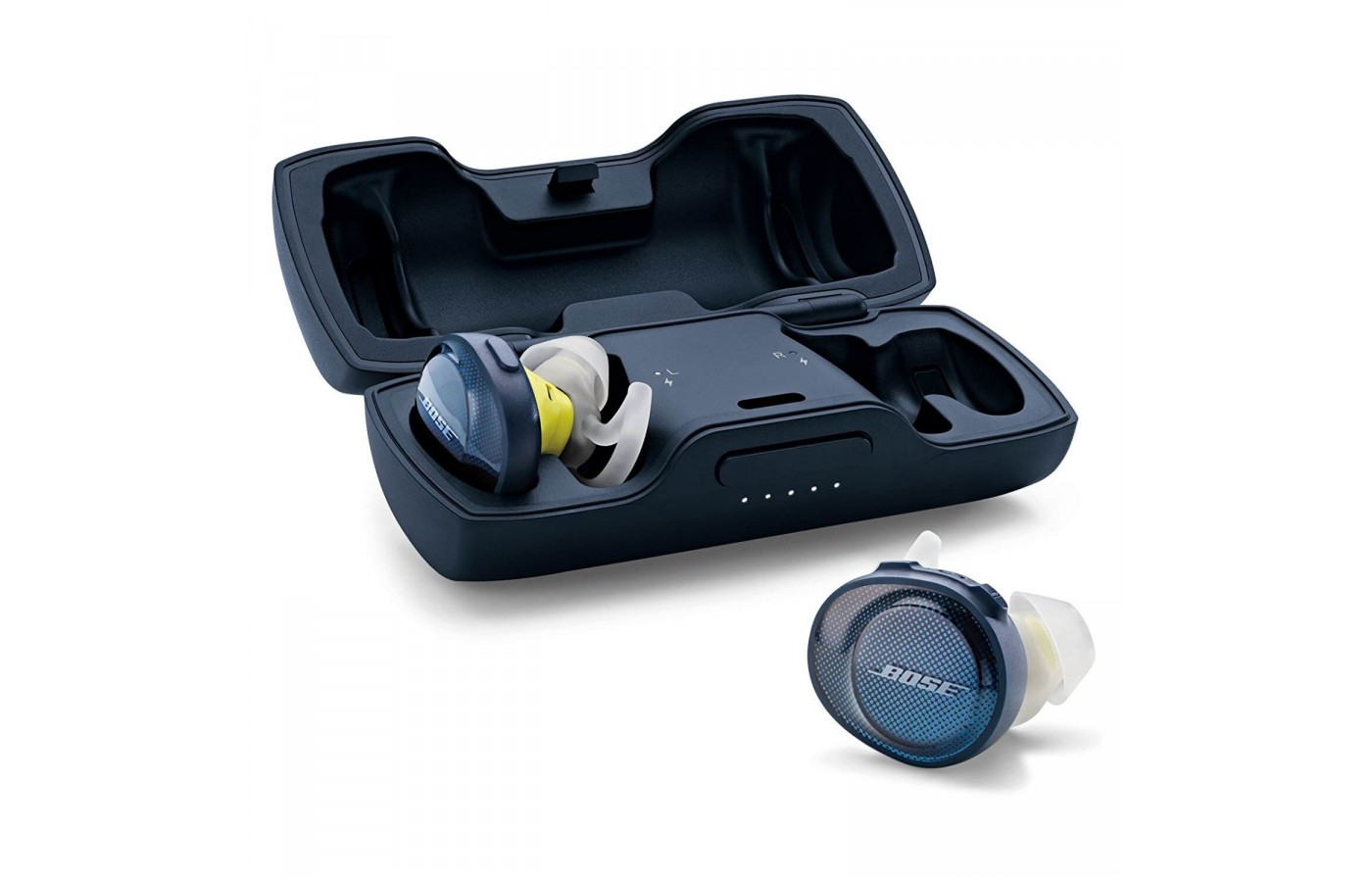 The The Bose SoundSport Free headphones come with a travel charging case