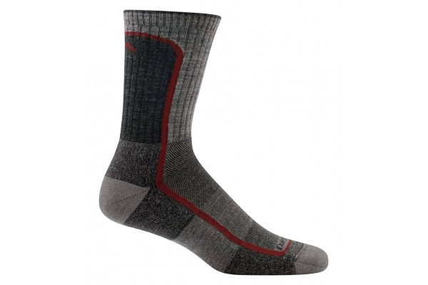The best Darn Tough socks are comfortable, breahtable and versatile like the Light Hiker Micro Crew.
