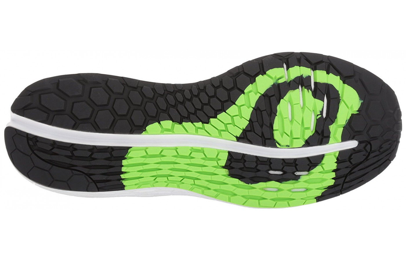 The dual rubber in the outsole adds more traction and grip.