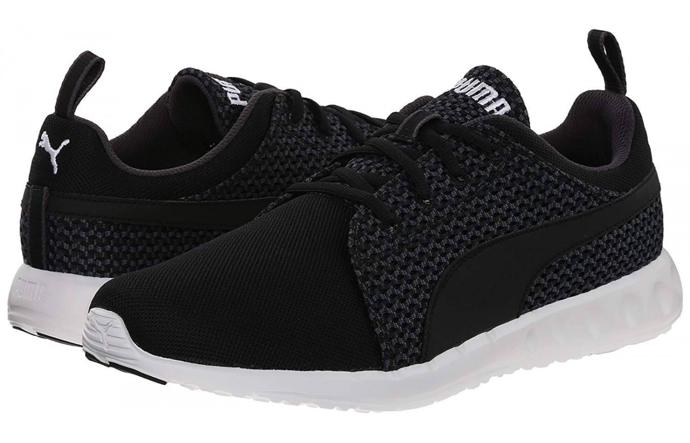 The Puma Carson Runner Knit is a stylish fashion sneaker