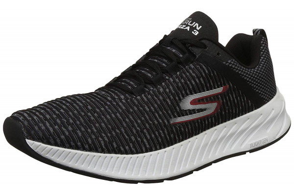 An in depth review of the Skechers Gorun Forza 3 light stability running shoe.