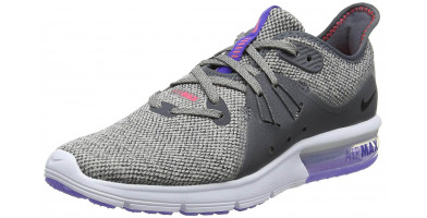 The Nike Air Max Sequent 3 is stylish yet extremely narrow.