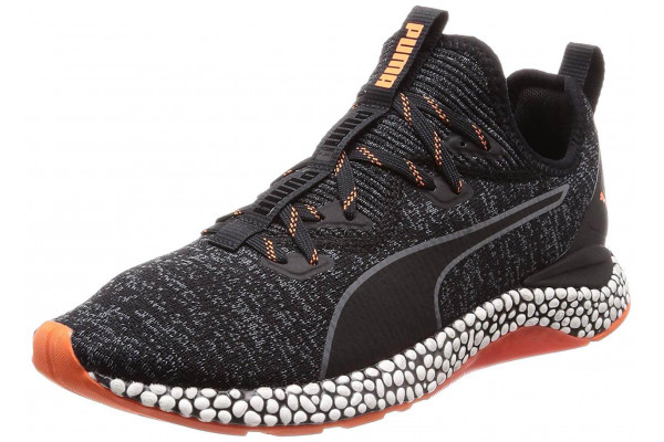 The Puma Hybrid Runner provides a comfortable wear for workouts, competitions, and casual settings.