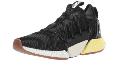 The Puma Hybrid Rocket Runner features a unique lacing system which runs along either side of the foot.