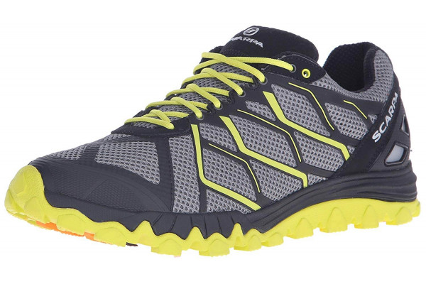 An in depth review of the Scarpa Proton trail running shoe.