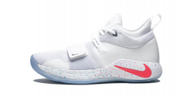 An in depth review of the PlayStation x Nike PG 2.5 basketball shoe.