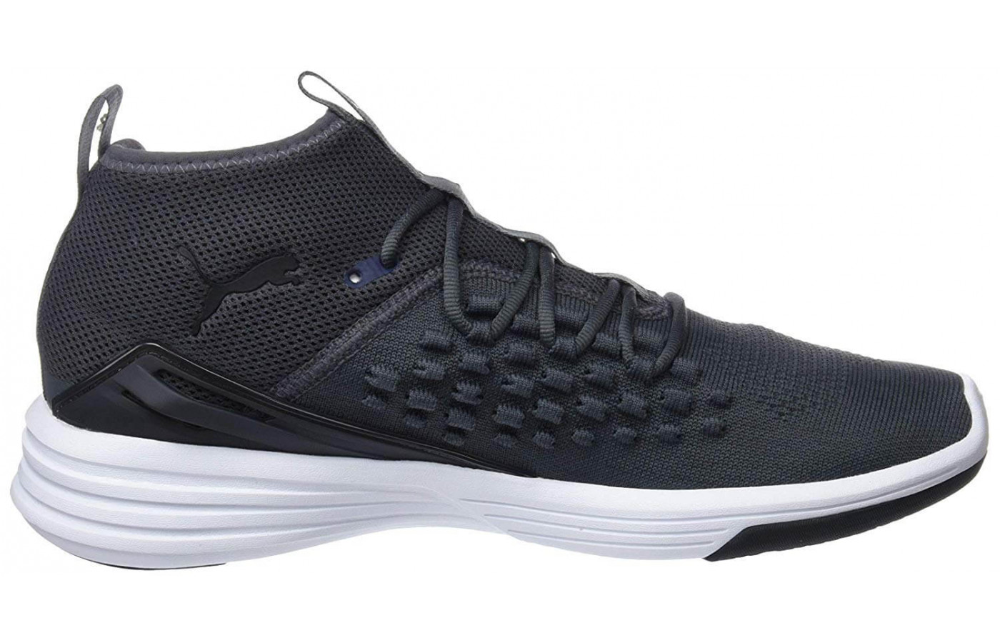 The Mantra Fusefit's dynamic lacing system ensures a secure fit