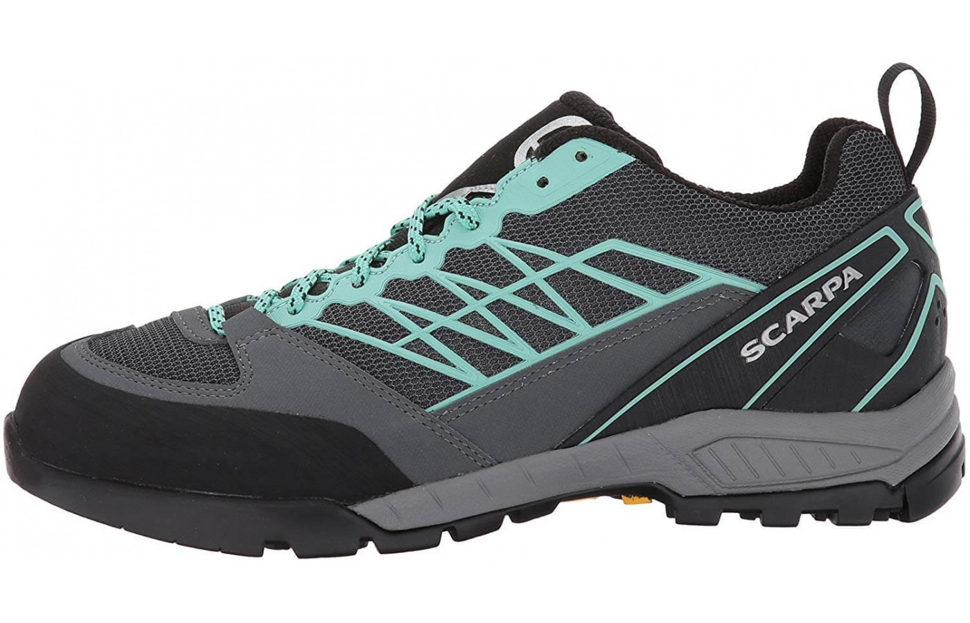 A P-FLex Lite footbed adds to the Epic Lite's cushioning
