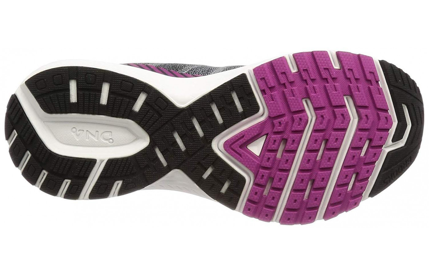 A blown rubber compound covers the Ravenna 10's outsole.
