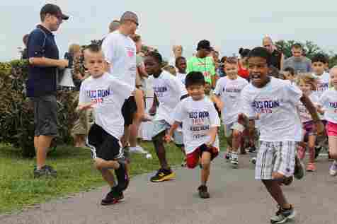 10th_regional_support_group_supports_americas_armed_forces_kids_run_130518-a-yy695-001