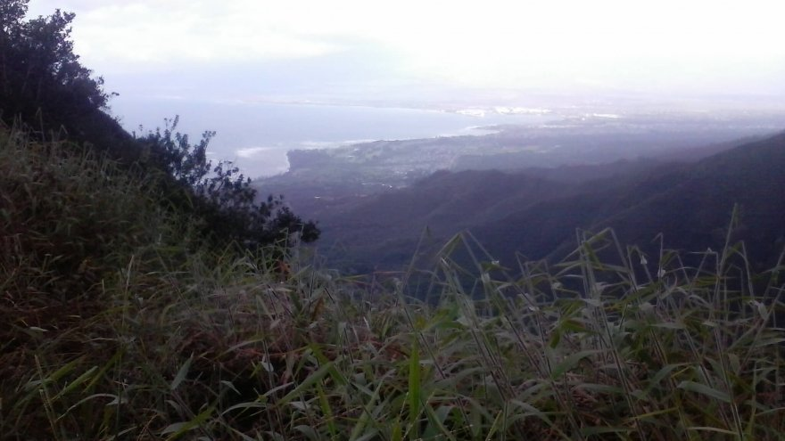Destination Run: Waihe'e Ridge Trail, Hawaii