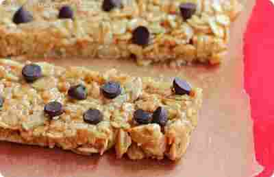 "10. ""3 Minute"" High Protein Granola Bars"