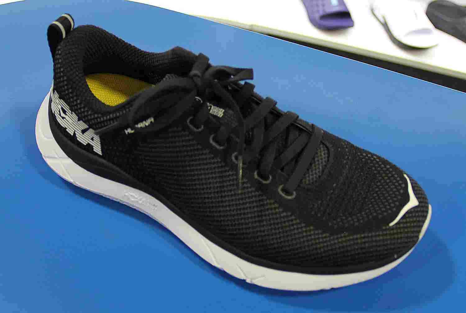 hoka-one-one-hupana-product-showcase
