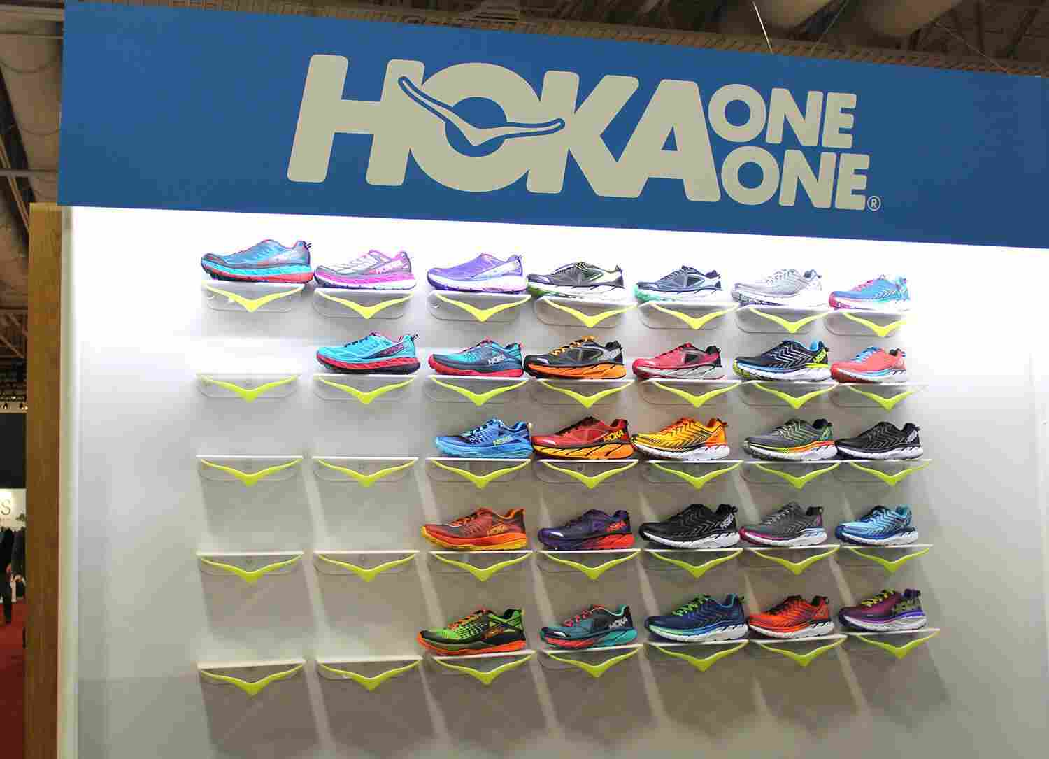 hoka-one-one_product-showcase-line-up-group