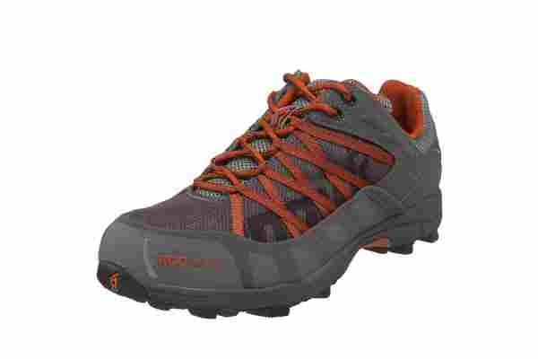 An in depth review of the Inov-8 Roclite 315 trail running shoe.
