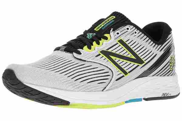 The engineered mesh upper and rigid heel counter lock your foot in place in the 890v6.