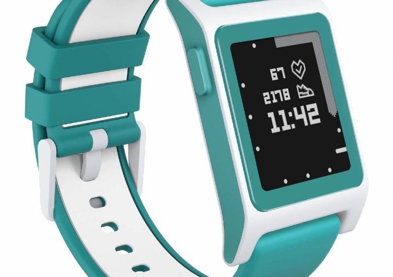 An in depth review of the Pebble 2 + Heart Rate